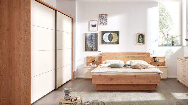 Interliving Schlafzimmer Serie 1013 – Komplettzimmer mit Flexleuchten