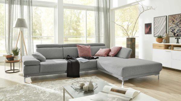 Interliving Sofa Serie 4251 – Ecksofa mit Funktionen