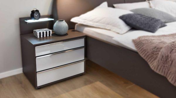 Interliving Schlafzimmer Serie 1006 – Nachtkommoden-Set mit Aufsätzen